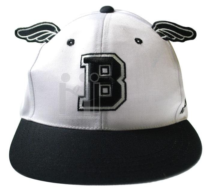 หมวกฮิพฮอพ ติดปีก(หรือสั่งทำรูปแบบอื่น) <br>หมวกแก๊บผ้าชาลี