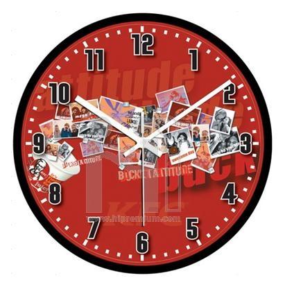 นาฬิกาแขวนผนังทรงกลม  11  นิ้ว ขอบพลาสติกเล็ก