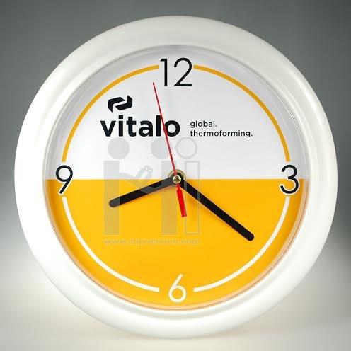 นาฬิกาแขวนผนังทรงกลม9.5นิ้ว ขอบพลาสติกนิ่ม