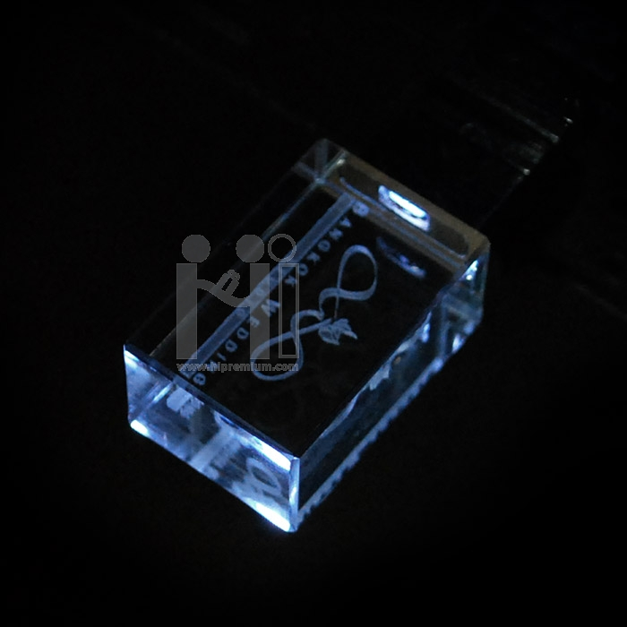 แฟลชไดร์ฟแก้วคริสตัลใส3มิติ บริษัท บางกอก เวดดิ้ง แพลนเนอร์ แอนด์ สตูดิโอ