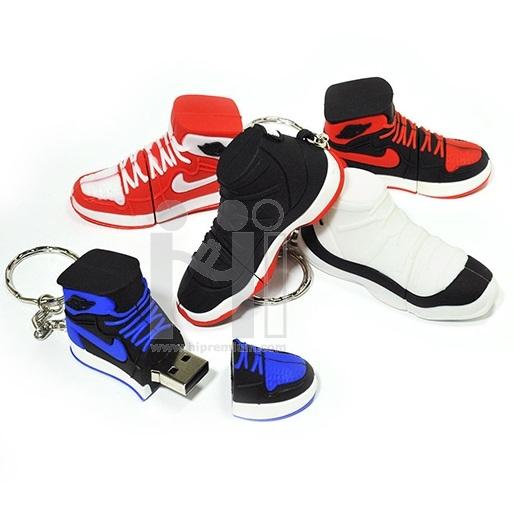 USB Flash Drive แฟลชไดร์ฟรองเท้าผ้าใบ