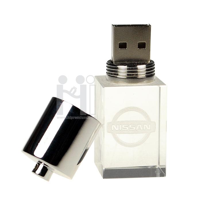 3D crystal USB flash drive  แฟลชไดร์ฟแก้วคริสตัลใส3มิติ แฟลชไดร์ฟเรืองแสงเลือกสีของแสงได้