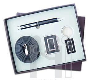 ชุดกล่องของขวัญกิ๊ฟเซ็ท Gift Set<br>เข็มขัด&ปากกา&พวงกุญแจ