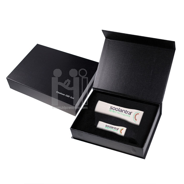 ชุดกล่องกิ๊ฟท์เซ็ท พาวเวอร์แบงค์และแฟลชไดร์ฟ ขึ้นรูปตามสั่งชุดของขวัญ Made to order