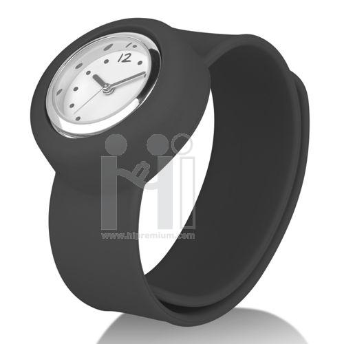 Slap On Watch นาฬิกาข้อมือแฟชั่นไม่มีตัวล็อก