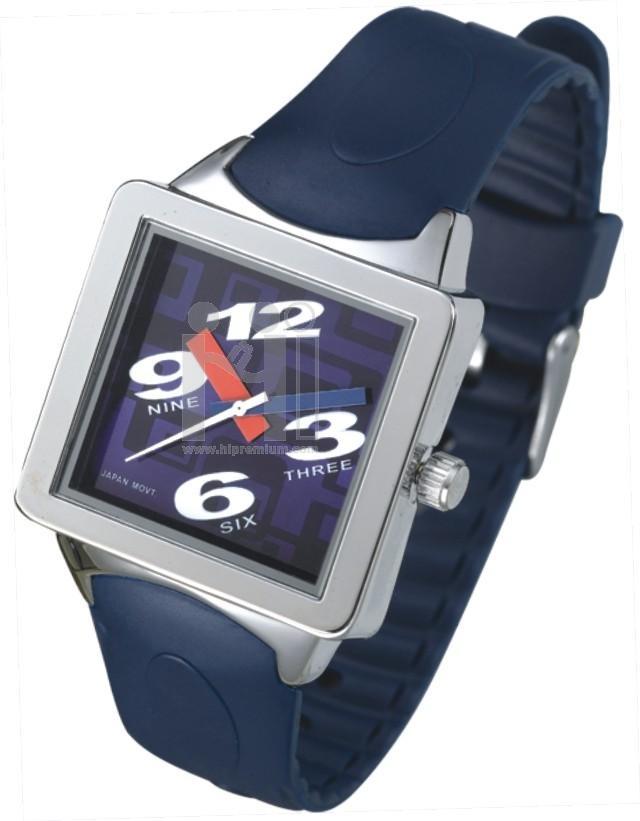 นาฬิกาข้อมือสายพลาสติก