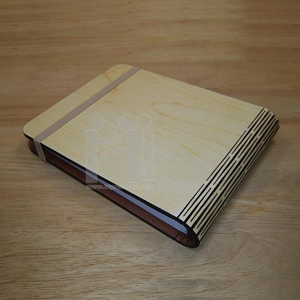สมุดโน๊ตปกไม้พับเปิดบน  สมุดโน้ต สมุดปกไม้