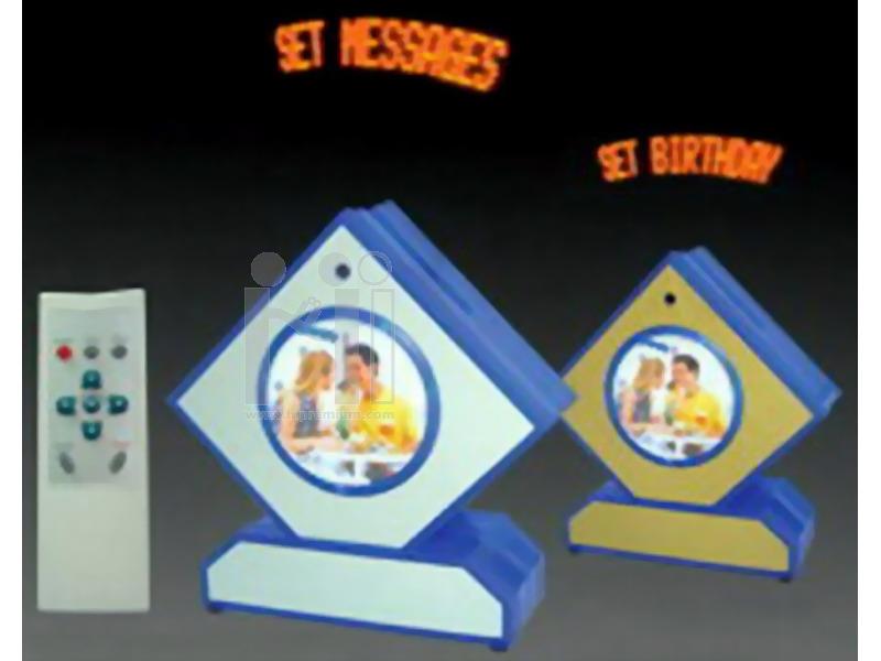 นาฬิกากรอบรูปพรีเมี่ยม กำหนดข้อความได้ LED Message Clock