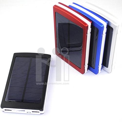 Solar Power Bank พาวเวอร์แบงค์โซล่าเซลล์ พลังงานแสงอาทิตย์<br>ที่ชาร์ตแบตสํารองพกพาพรีเมี่ยม