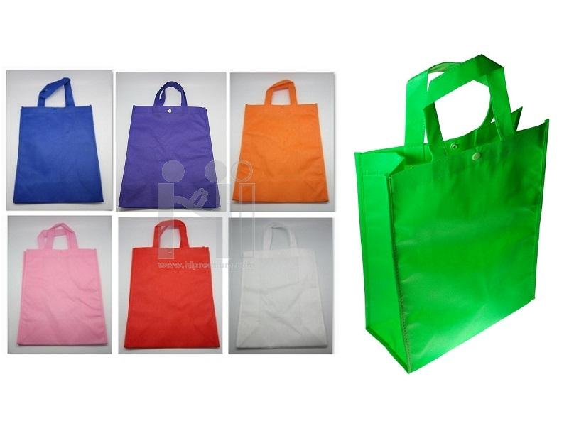 ถุงผ้าสปันบอนด์ติดกระดุม กระเป๋าสปันบอนด์สต๊อกกระเป๋าสำเร็จรูป